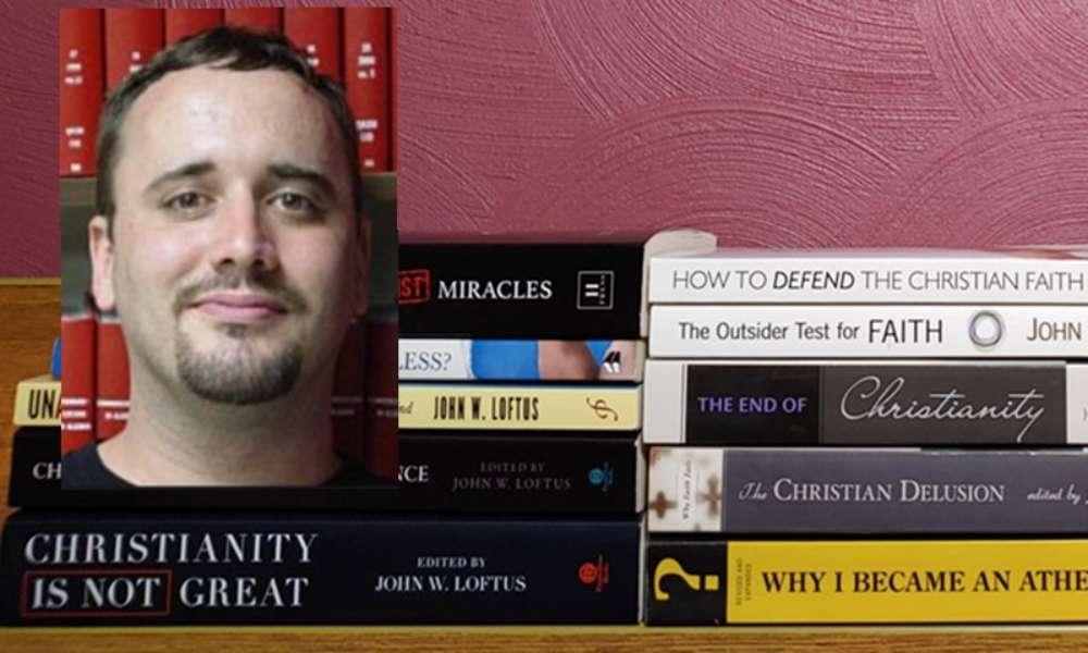 Ateo se convierte en cristiano tras años de escribir en contra de Dios
