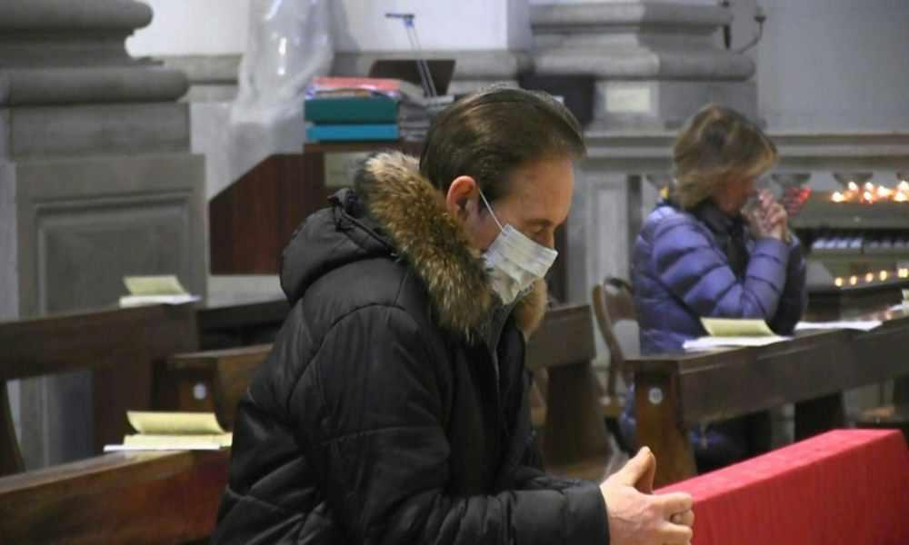«El culto no es foco de contagio»: pastor defiende servicio religioso