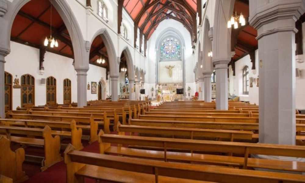 Escocia: prohíben a iglesias celebrar cultos por contagios de Covid-19