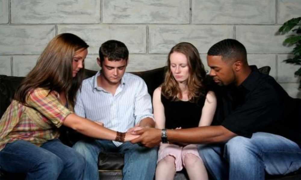 Familiares de joven con derrame cerebral piden unirse en oración