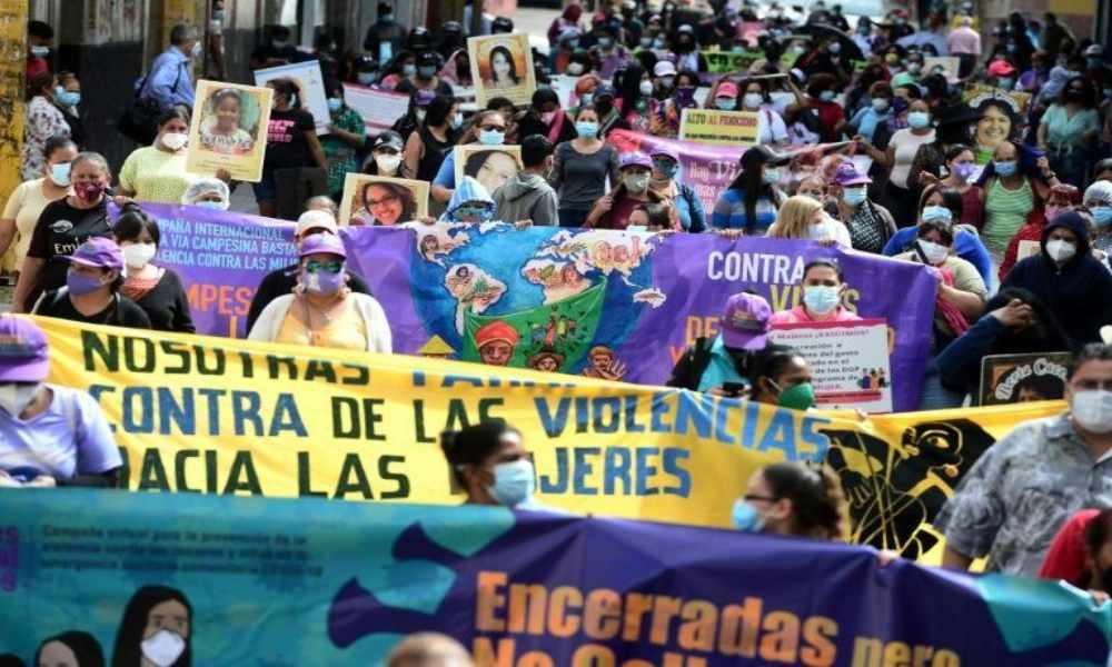 Honduras: mujeres protestan por reforma contra el aborto