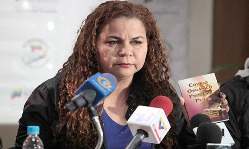 Diputada amenaza con expropiaciones a migrantes venezolanos