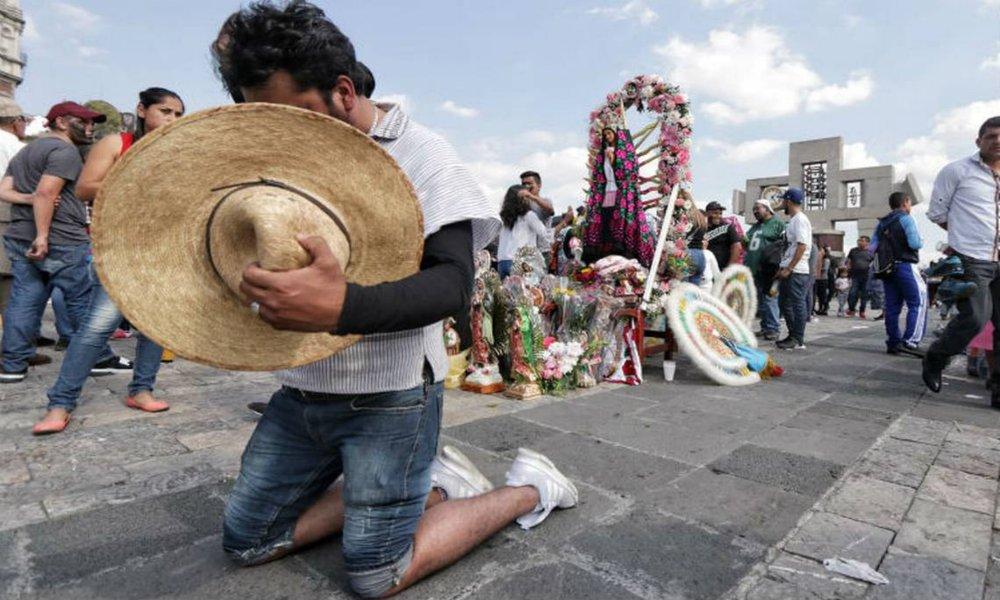 México: población católica está en descenso admite iglesia