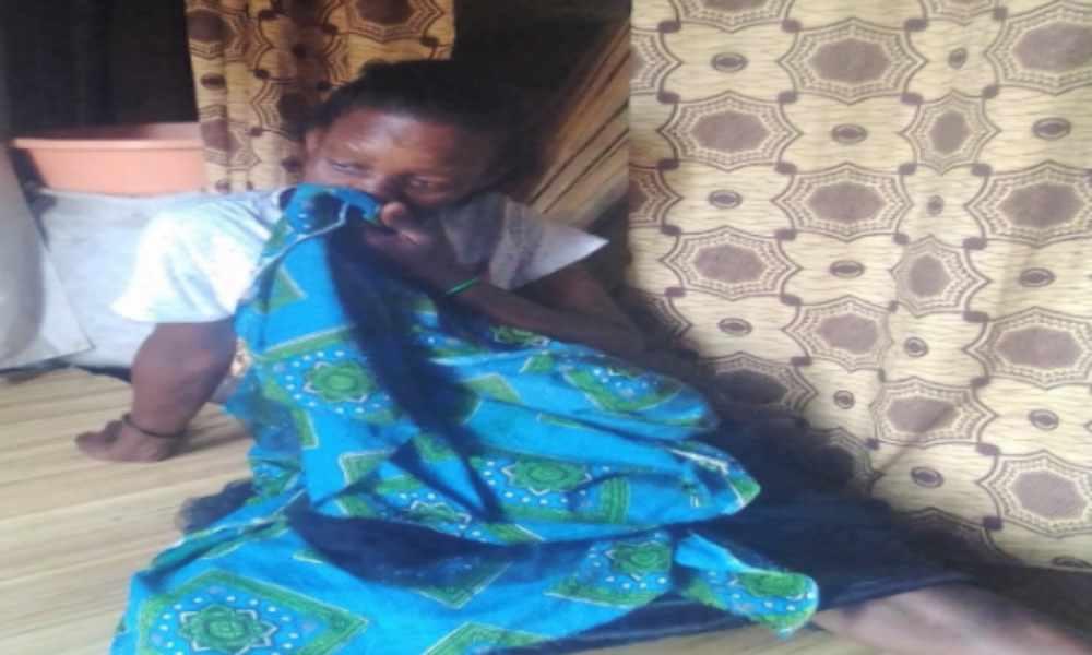 Musulmán golpea a su esposa por estar en oración con Jesús