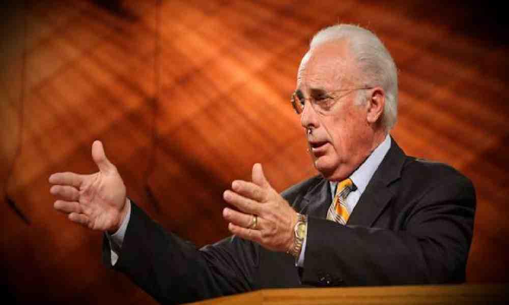MacArthur advierte a Biden para que tenga congruencia con la Biblia