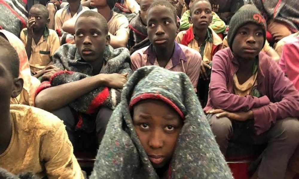 Nigeria: cristianos llevan ayuda a niños huérfanos por ataques