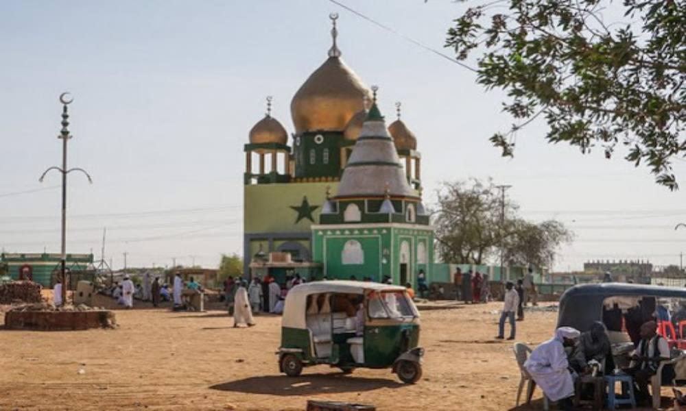 Niño de 13 años incendia iglesia en Sudán
