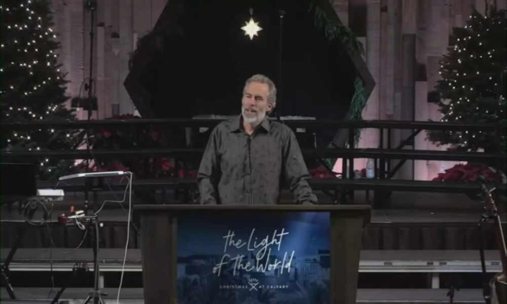 Pastor enfrentaría  la cárcel por realizar servicios en persona