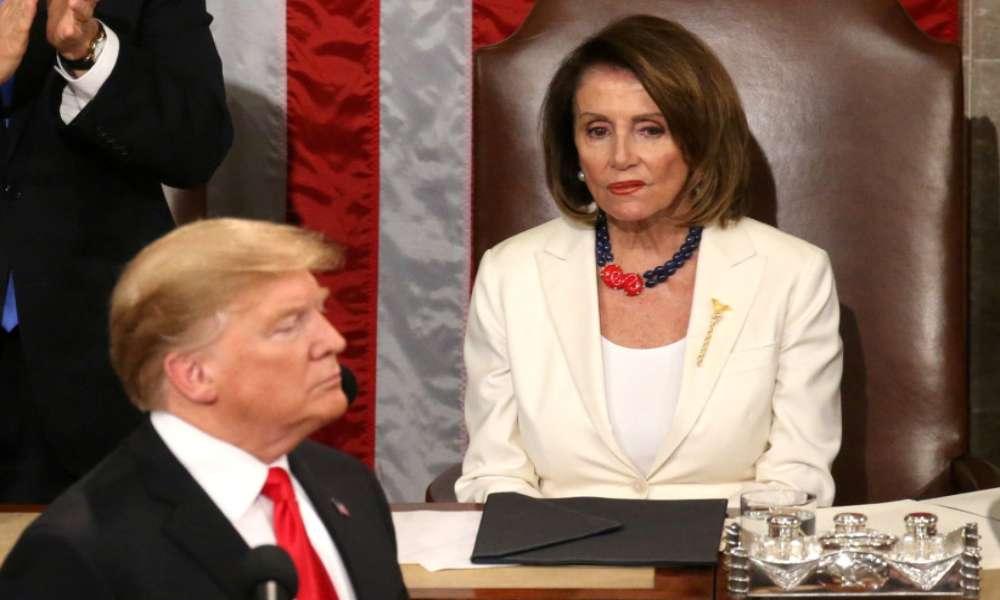 Pelosi hará segunda acusación contra Trump, varios senadores republicanos quieren que renuncie