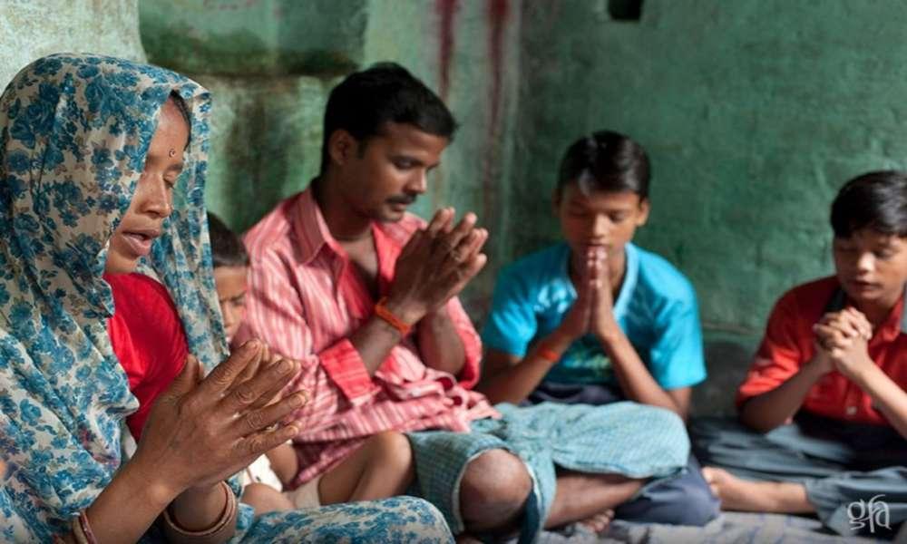 Residentes se burlan de cristiano y un milagro de Dios les termina cerrando la boca