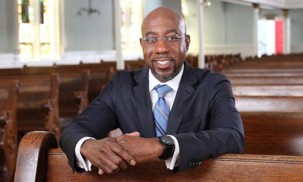 Reverendo Raphael Warnock es elegido como primer senador negro de Georgia