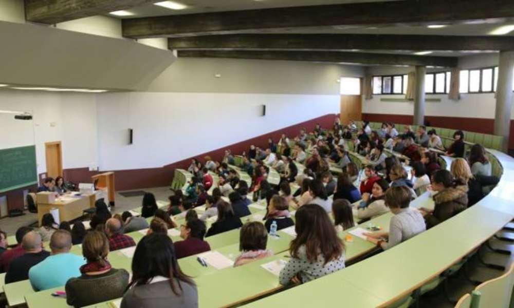 Universidad organiza jornada de ecumenismo junto a fieles de distintas religiones