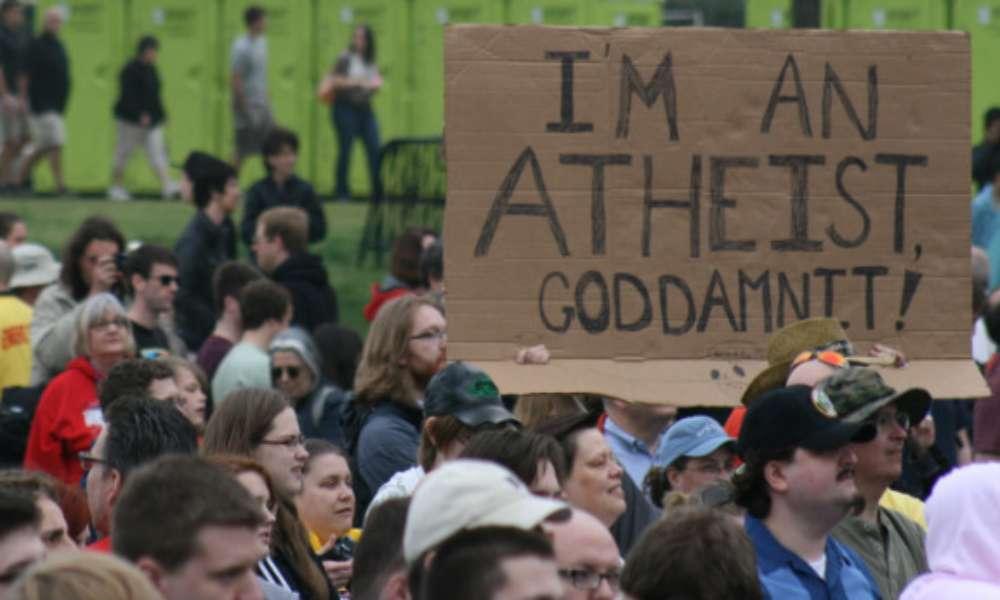 Ateos exigen que ciudad de Maryland deje de hacer reuniones de oración