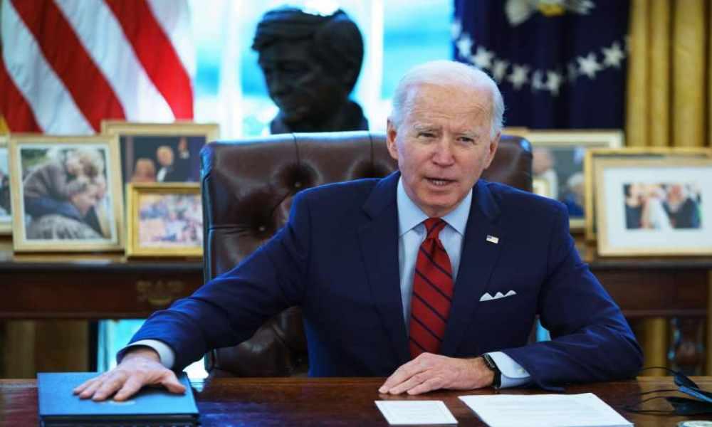 Biden asegura que reestablecerá la oficina de fe de la Casa Blanca