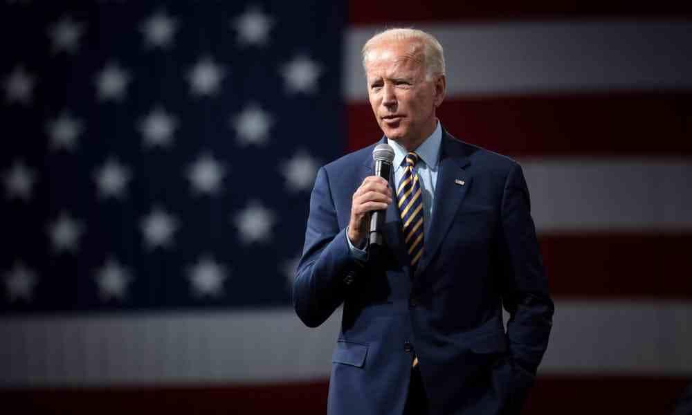Biden pide prisa al Congreso para aprobar ley LGBT