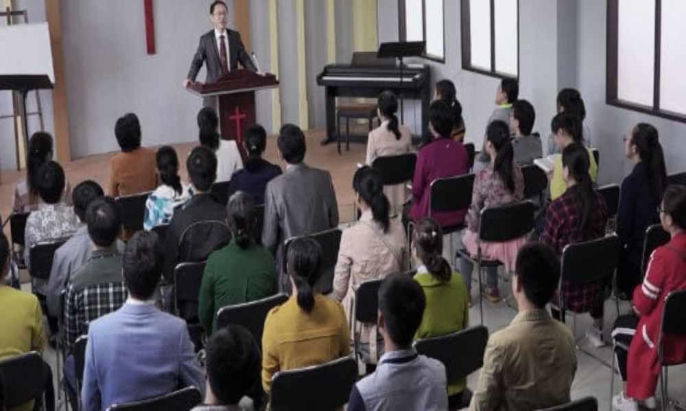 China: prohíben a iglesias publicar predicaciones en línea