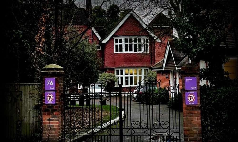 Cierran segunda clínica de aborto tardío más grande del Reino Unido