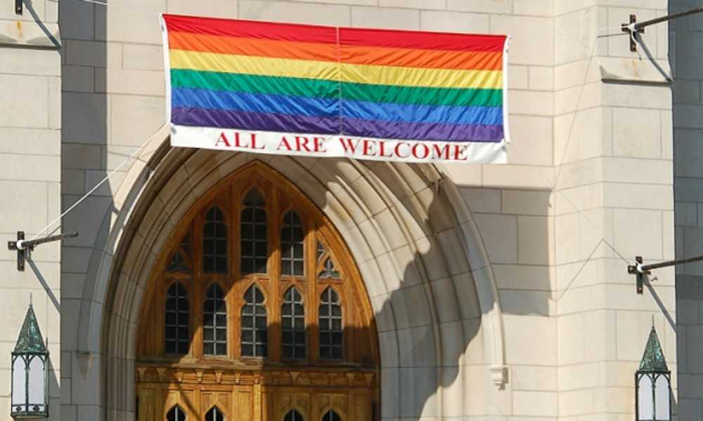 Convención Bautista del Sur desafilia a iglesia por permitir a miembros LGBT