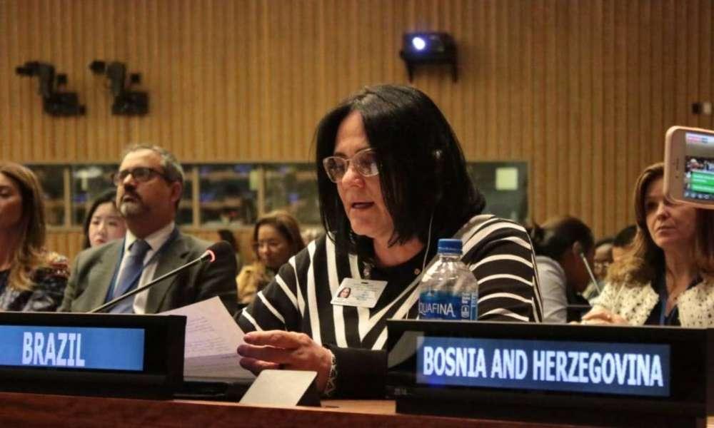 """En la ONU, Damares Alves: """"Brasil se mantiene firme contra el aborto"""""""