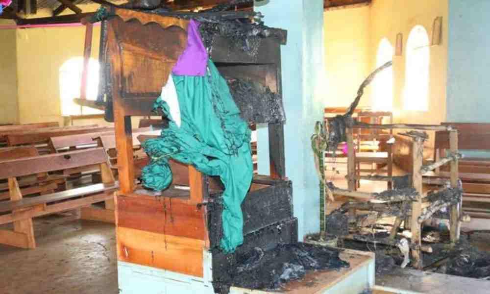 En una semana reportan cinco iglesias incendiadas en Kenia