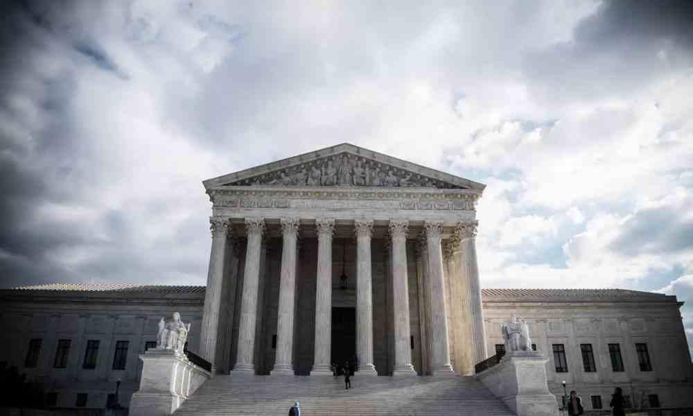 Corte Suprema revisará la norma de Trump que desfinancia el aborto