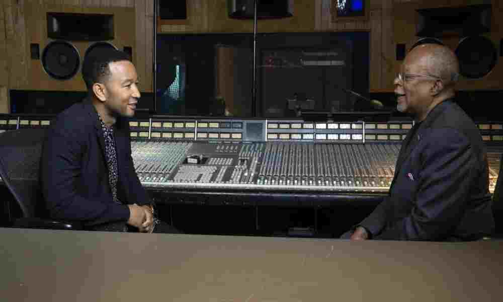 John Legend reconoce que la iglesia lo inspiró en su carrera musical