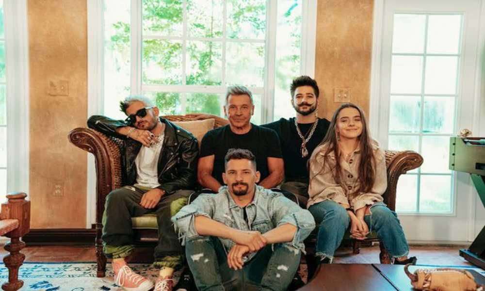 """La familia Montaner estrenó la canción """"Amén"""" en formato acústico"""