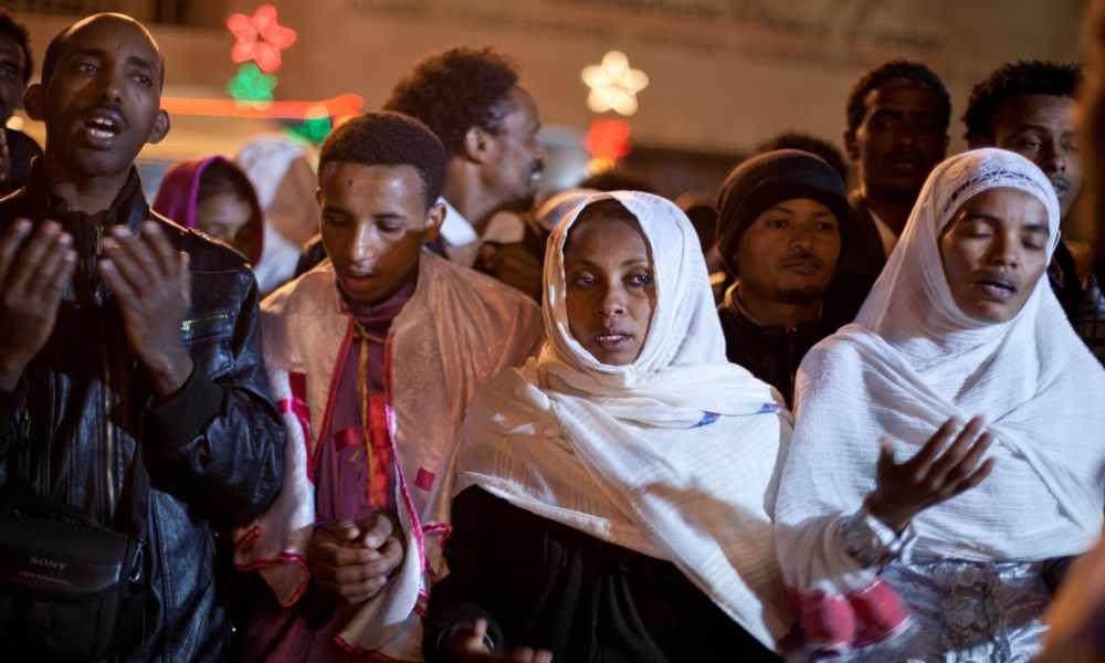 Liberan a 70 cristianos que estaban en prisión por adorar en público