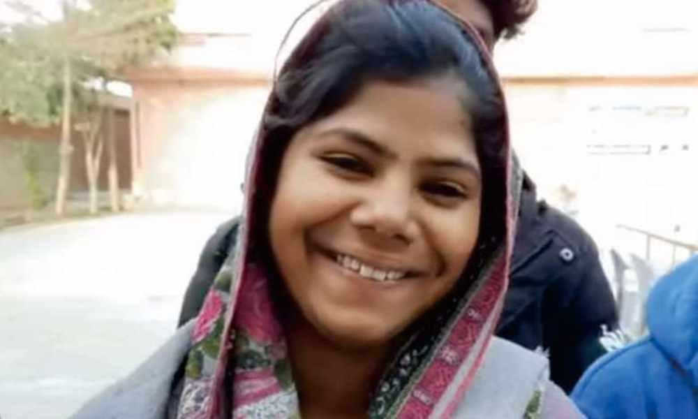 Pakistán: liberan a niña cristiana secuestrada y convertida al Islam
