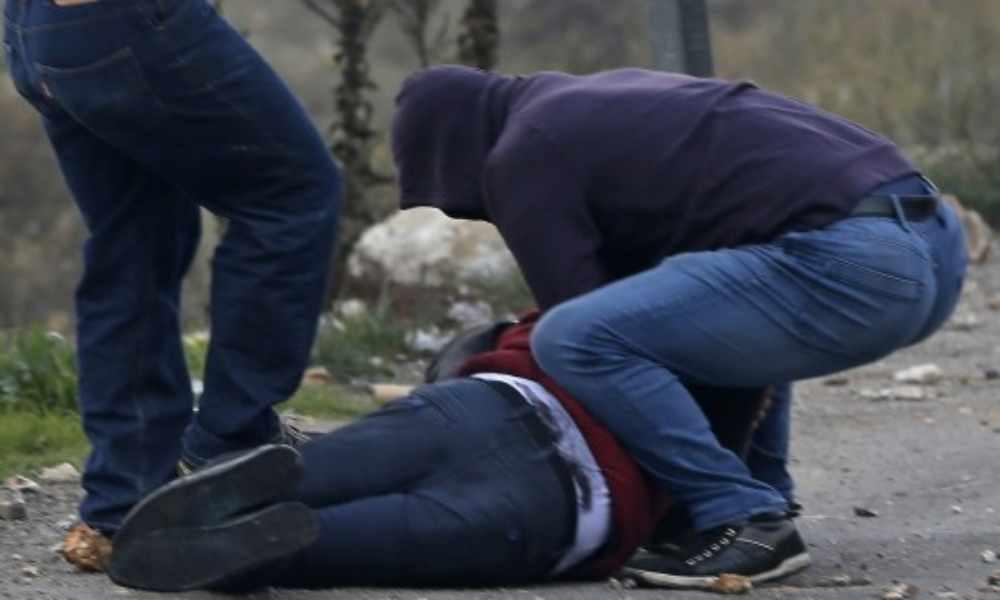 Pastor oraba y alababa mientras radicales lo golpeaban en la cara