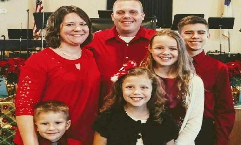 Pastor perdió su casa en incendio y dice confiar en Dios para recuperarse