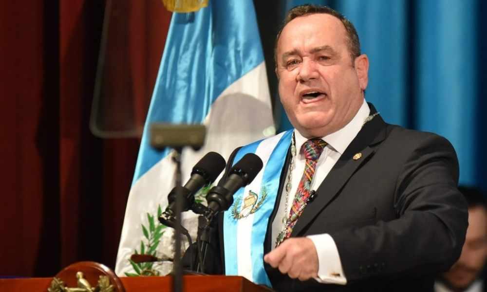 Presidente de Guatemala contempla retomar la pena de muerte