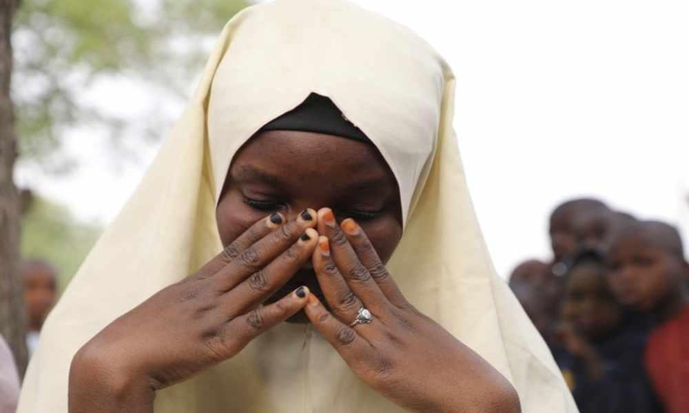 """Secuestran a niñas en Nigeria y sus padres esperan una """"intervención divina"""""""