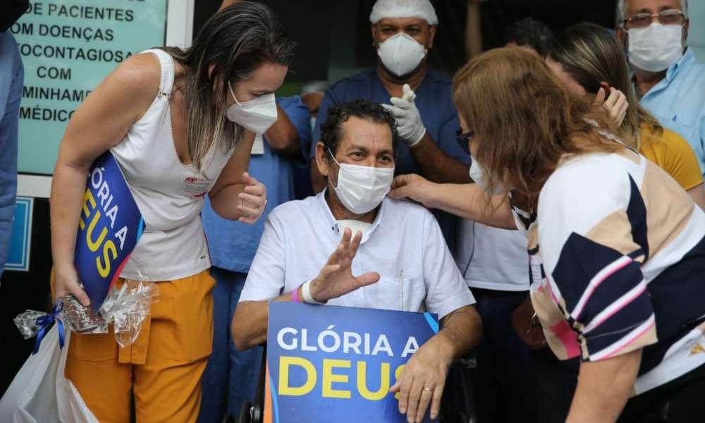 Tras 64 días en UCI:  Empresario glorifica a Dios por sanarlo de Covid-19