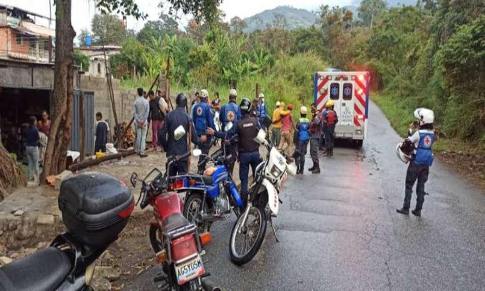 Venezuela: Cristianos son golpeados y obligados a comer hojas de la Biblia tras ataque