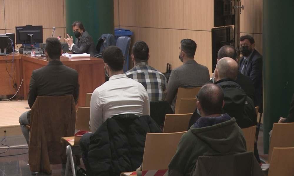 Absuelven a predicadores acusados de desorden público en España