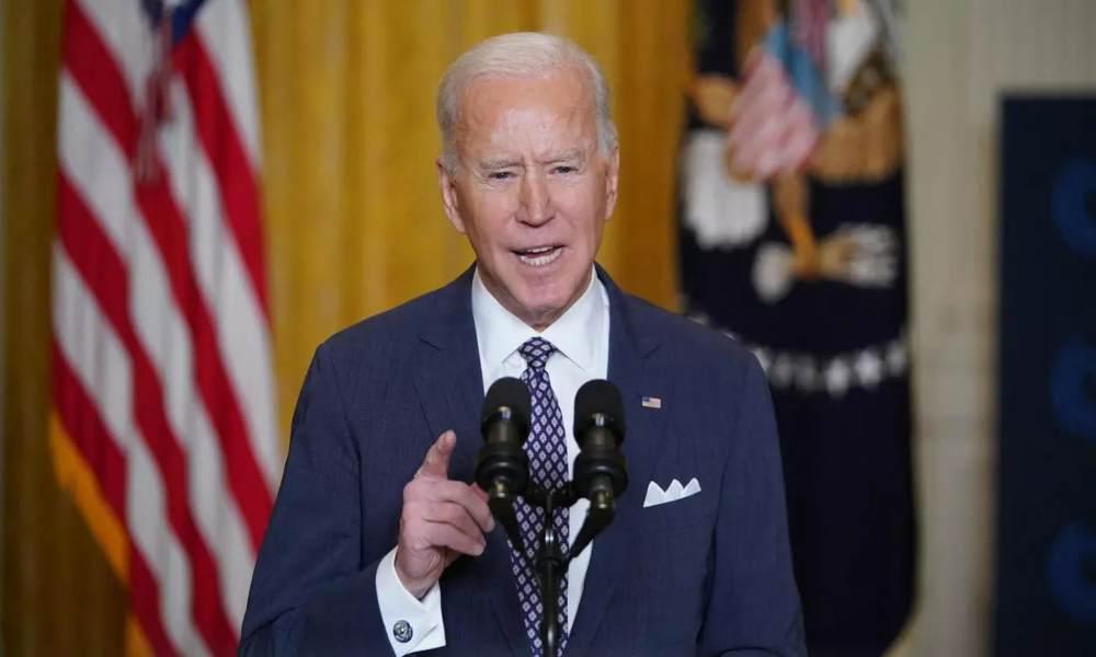 Biden no debe recibir la comunión opinan católicos republicanos
