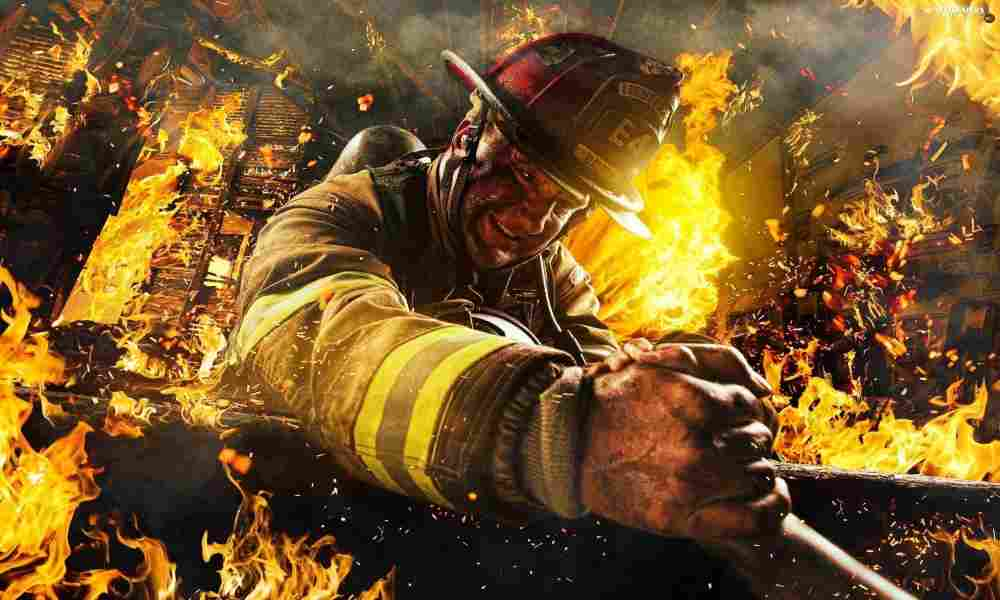 Bombero glorifica a Dios tras sobrevivir 7 minutos a edificio en llamas