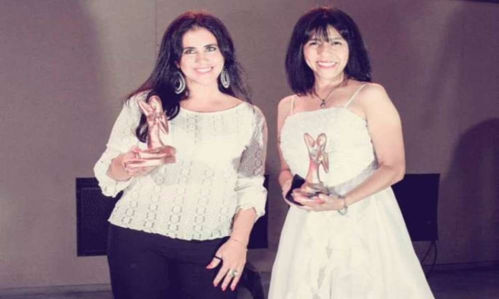 Comunicadora cristiana Maby Pastrana recibe reconocimiento en Argentina