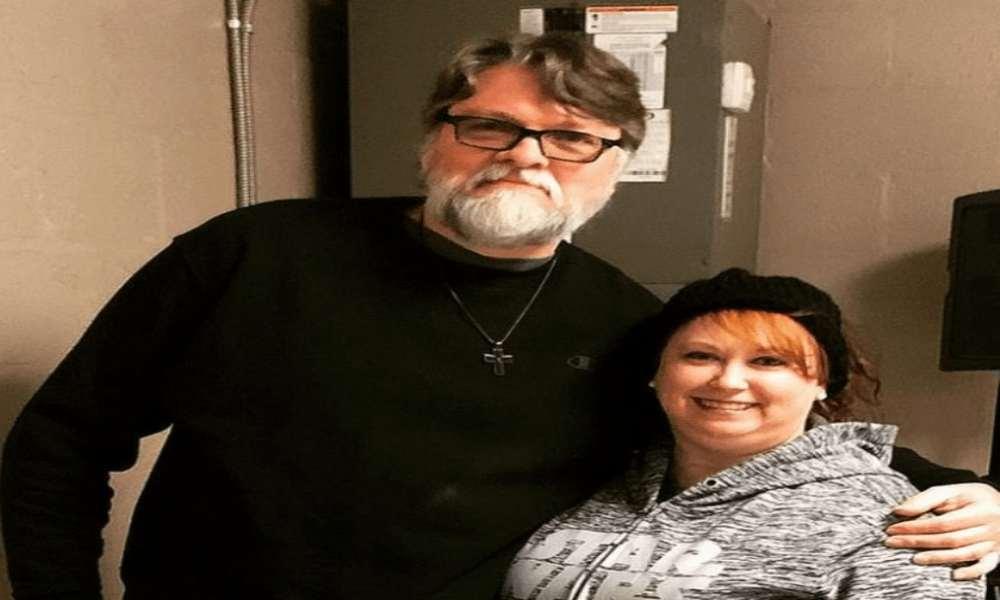 Esposa detenida por el asesinato de pastor en Oklahoma