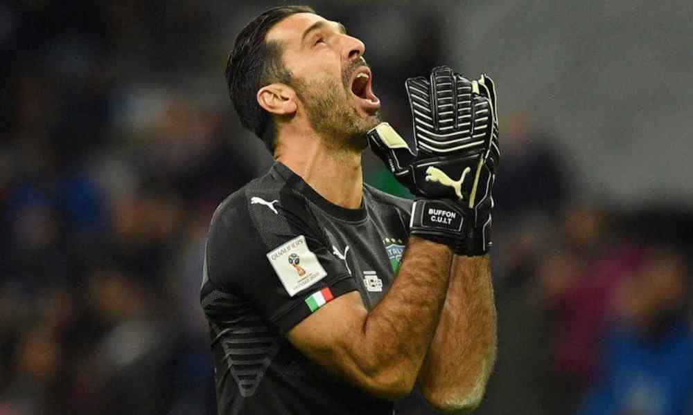 Multan al portero italiano Buffon por blasfemar a Dios en un partido