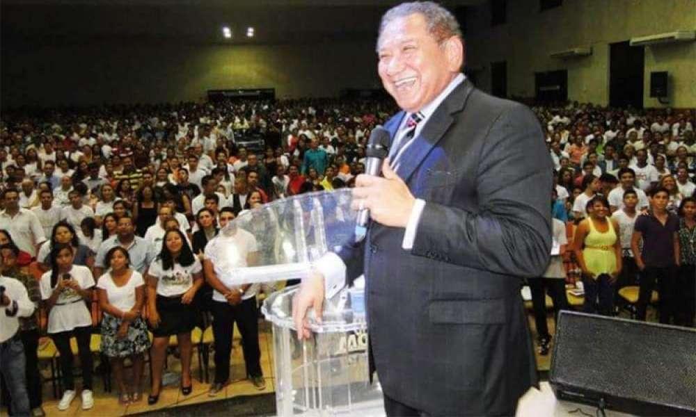 Pastor hace trampa para ser reelecto presidente de las Asambleas de Dios