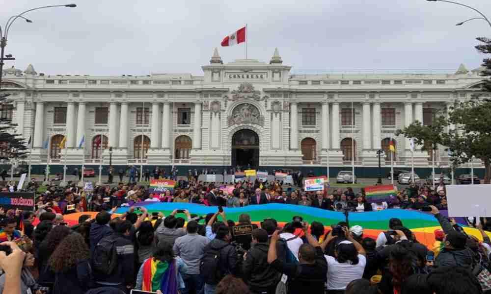 Perú: Aprueban dictamen de una ley de identidad de género