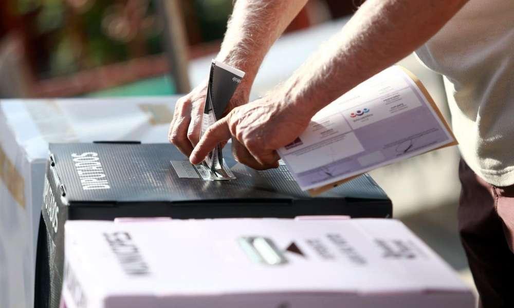 Presentan tres proyectos para ayudar a creyentes a saber votar