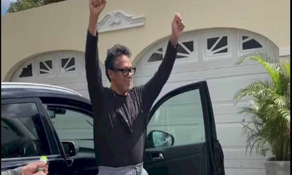 René González regresa a casa luego de estar tres semanas hospitalizado