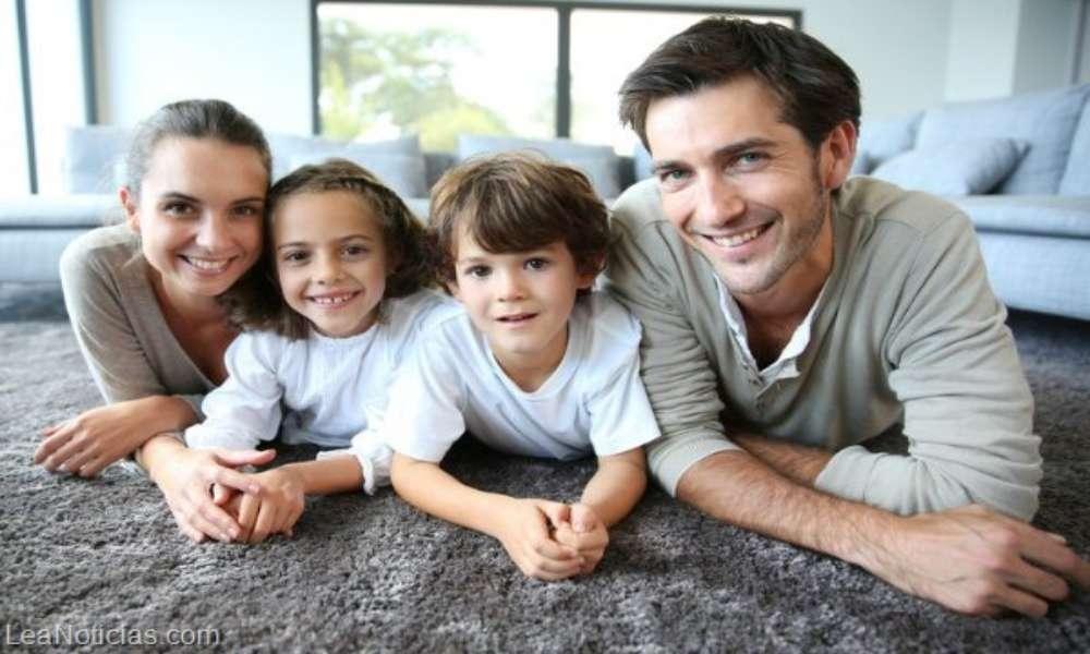 Republicanos presentan ley para evitar que niños sean adoptados por homosexuales