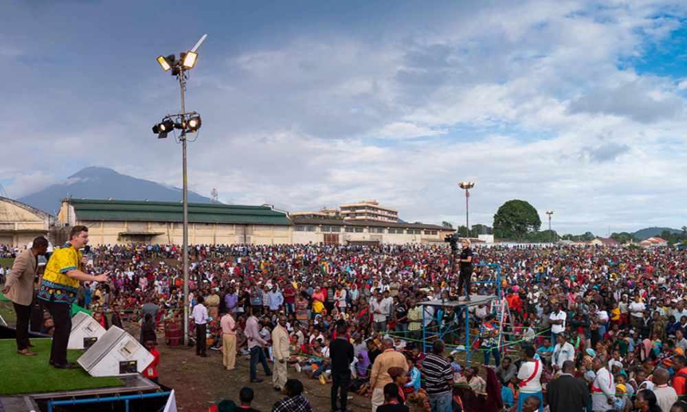 Tanzania: semanas de evangelización ganó 100.000 almas para Cristo