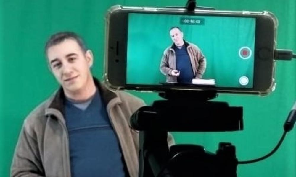 Condenan a un pastor por vender textos cristianos en Argelia