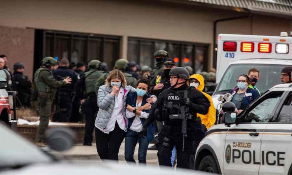 Un tiroteo en un supermercado de Colorado deja 10 muertos