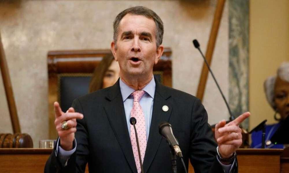 'Aborto sin límites', dice gobernador de Virginia al firmar controvertido proyecto de ley